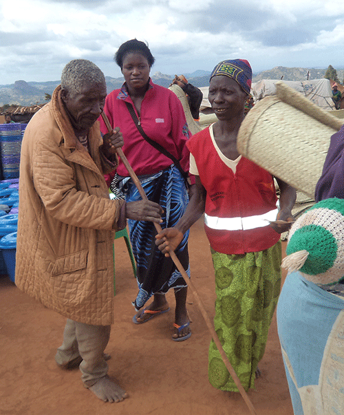 Andrew Kavala | MANEPO, alert 144 MalawiNon-food items distributed to the elderly after flooding in south and central Malawi.